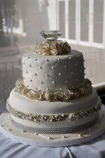 wedding cakes with diamonds and pearls bridal shower cake pearls and diamonds cakecentral 26019