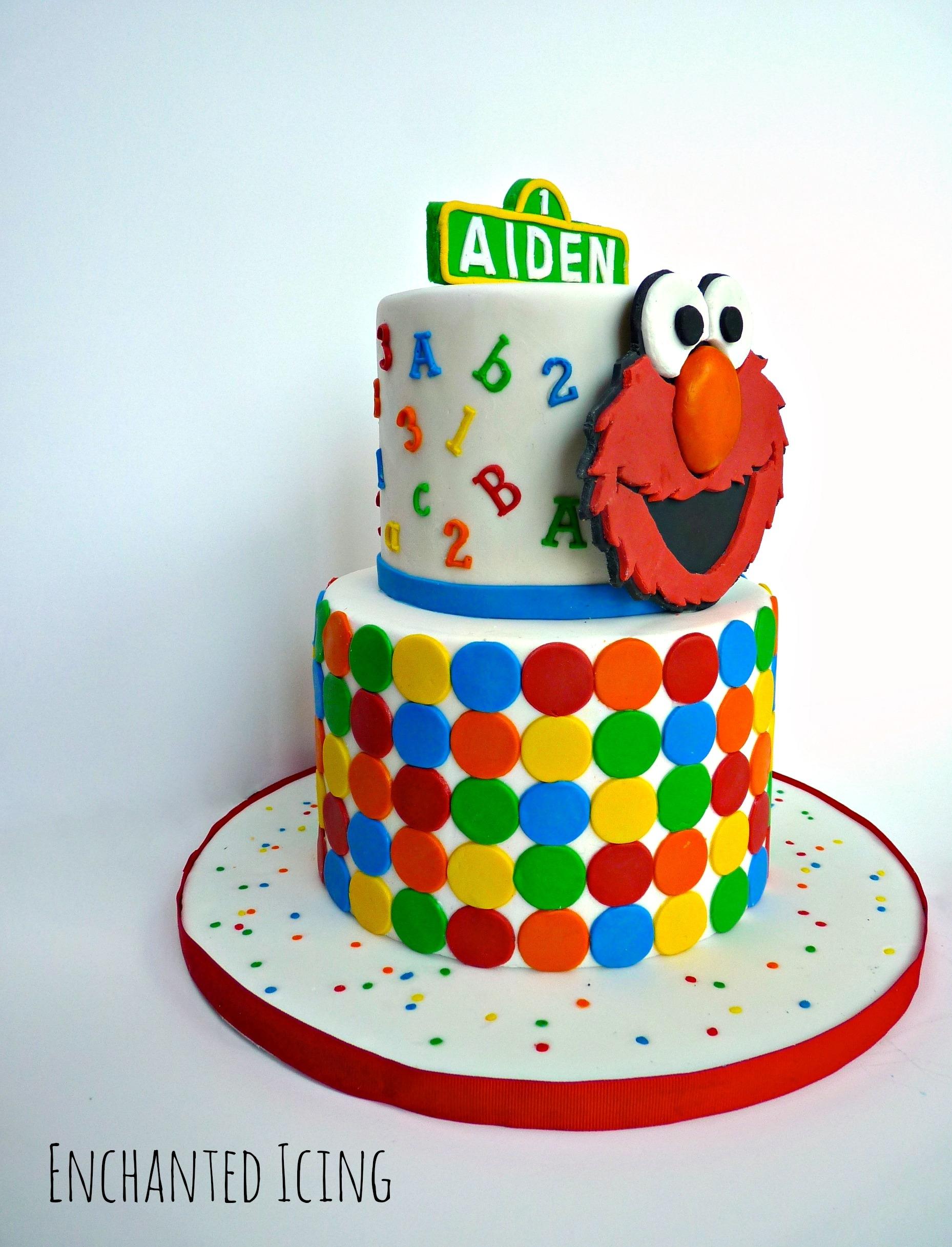 Elmo Cake Big Logo - CakeCentral.com