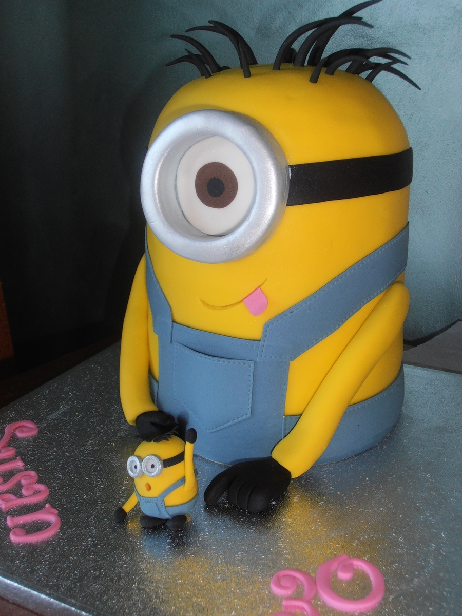 Despicable Me Minion  on Cake Central
