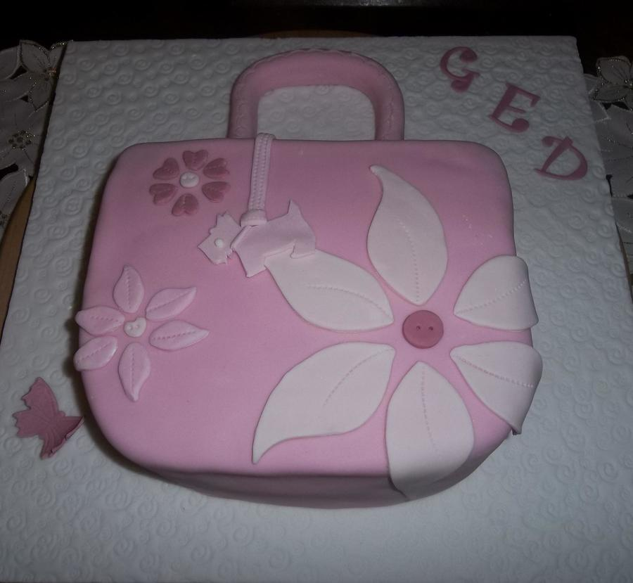 A Radley Style Hand Bag For My Friend Ged Short For Geraldine I Love This Because It Was So Simple Xsx  on Cake Central