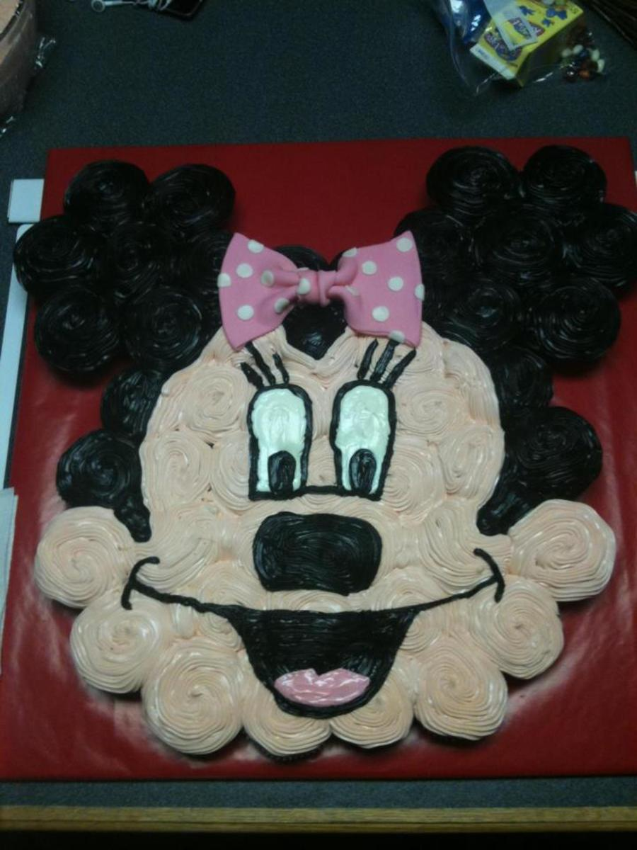 Minnie Mouse Cupcake Cake on Cake Central