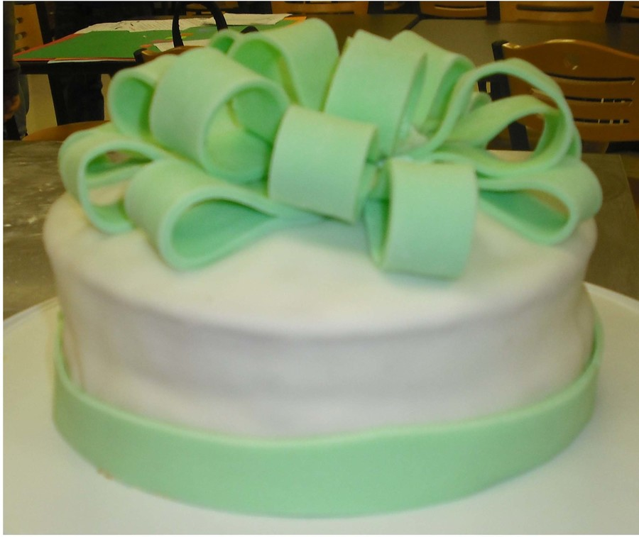 Fondant Bow on Cake Central