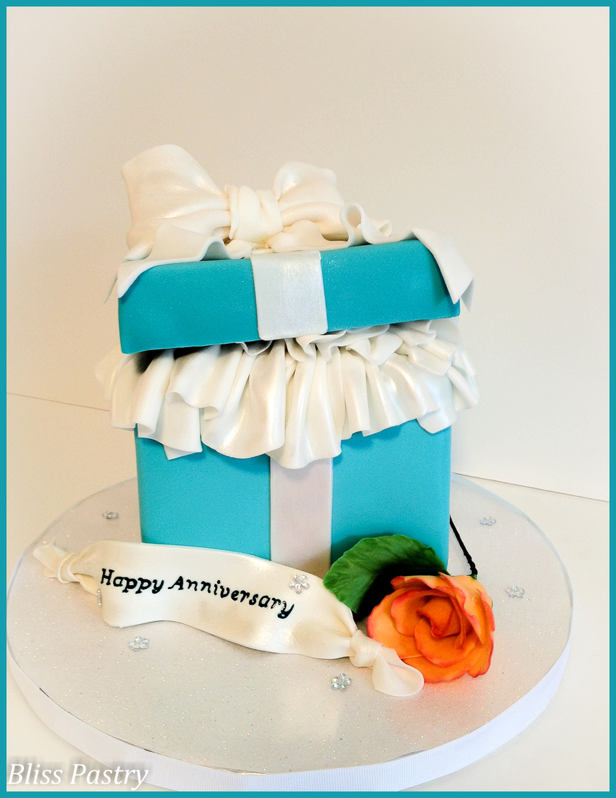 Tiffany Box on Cake Central