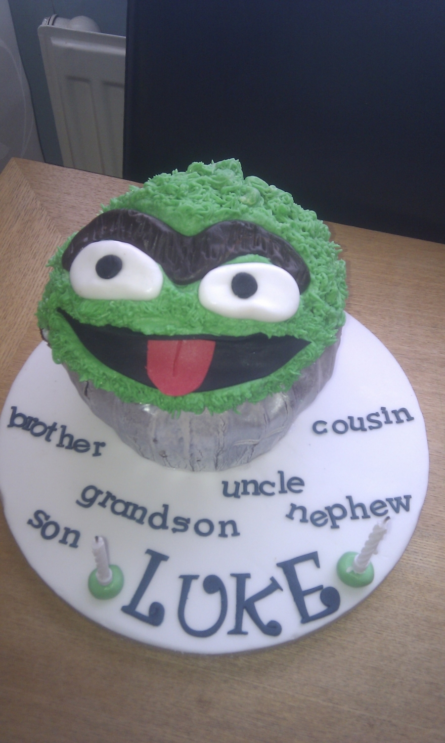Oscar The Grouch on Cake Central