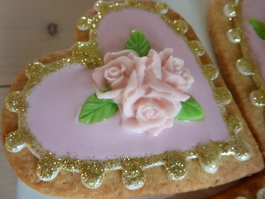Glitter Glammer Sweet Heart on Cake Central