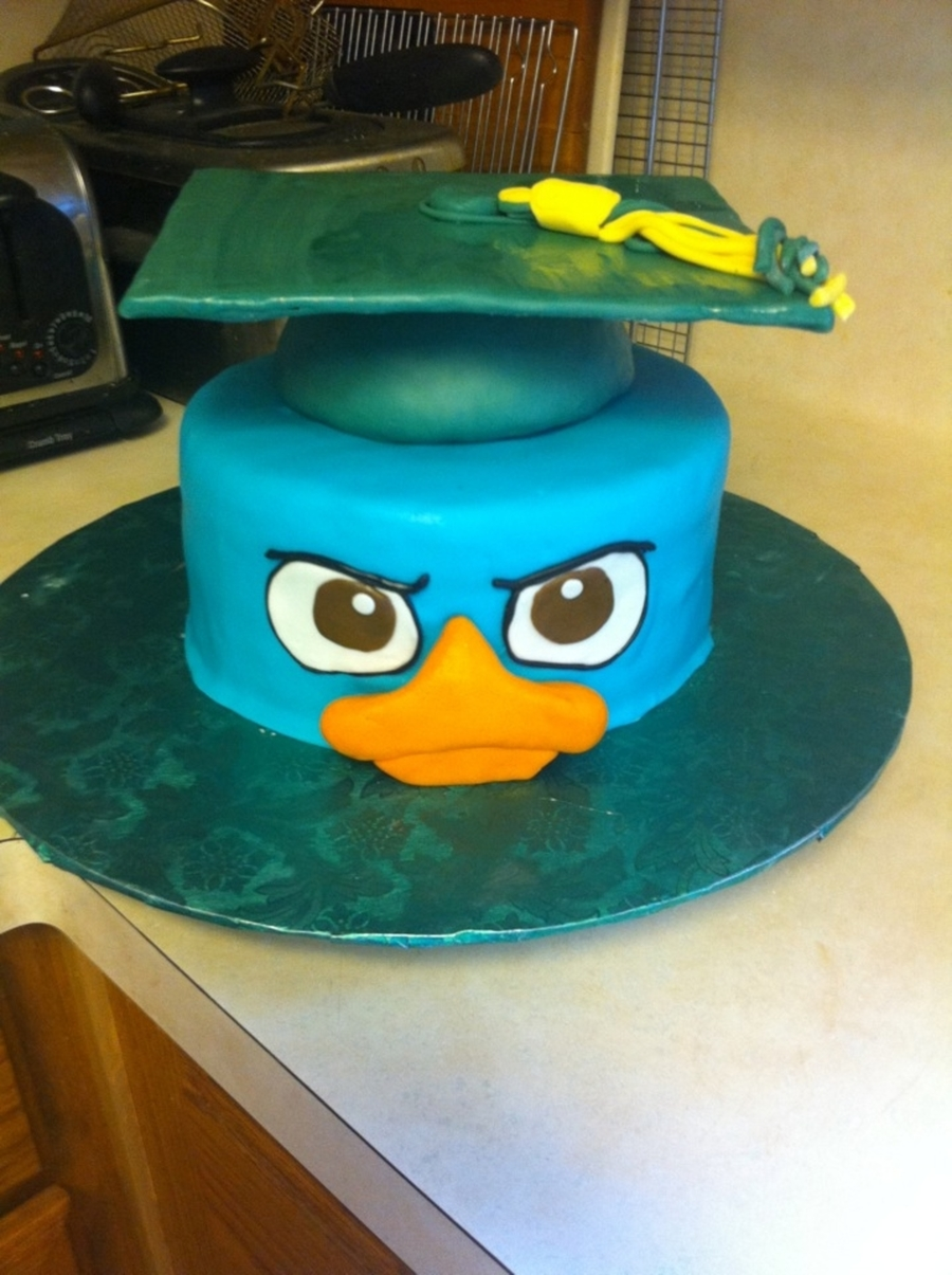 Perry Graduates on Cake Central