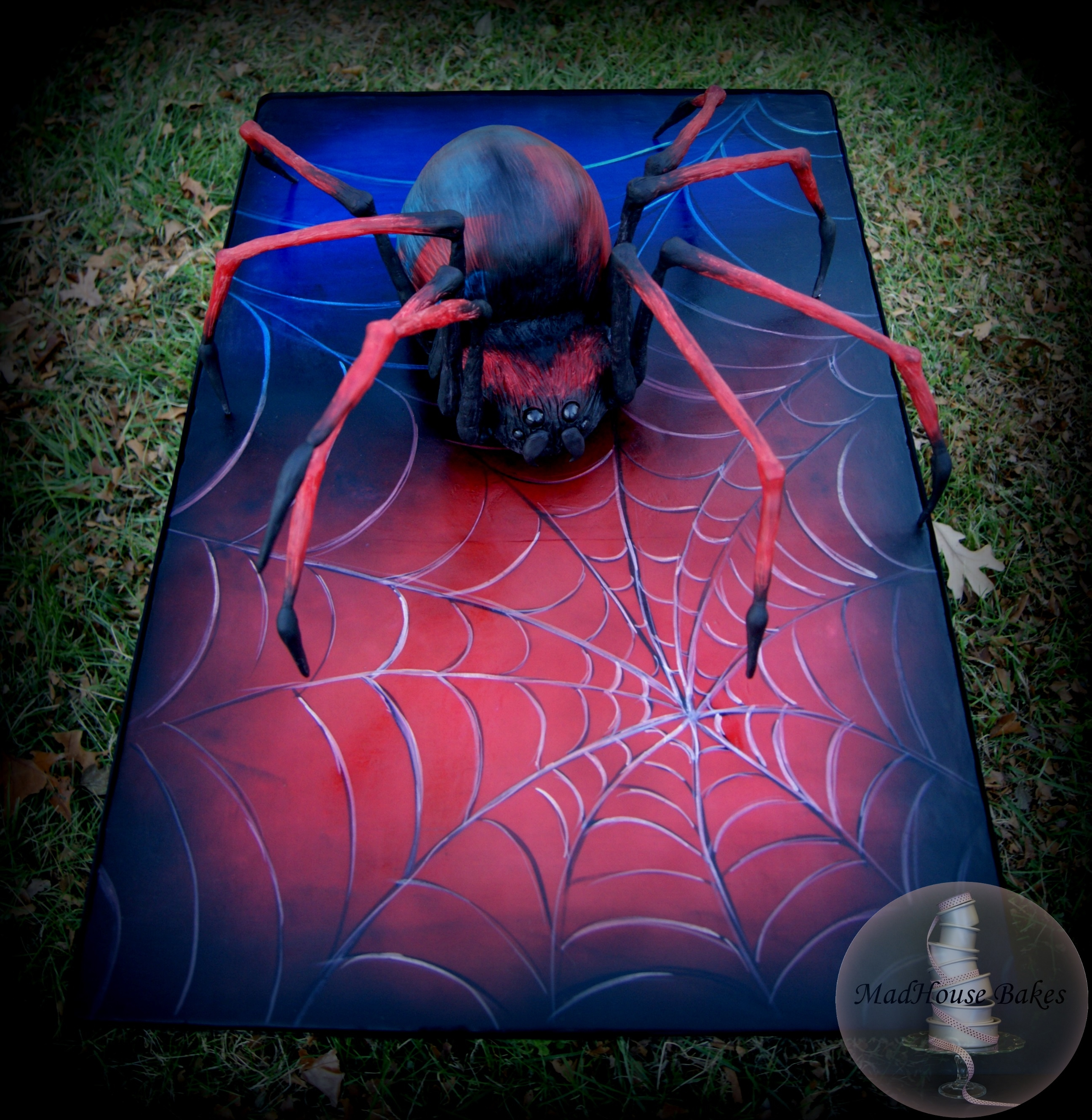 how to make a spider web on a cake
