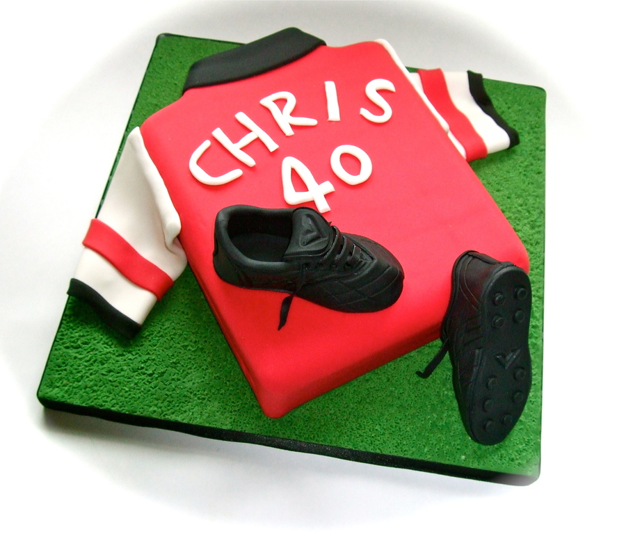 Arsenal Football Cake on Cake Central