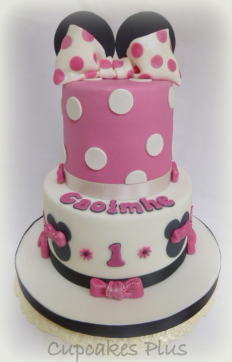 Minnie Mouse Themed Cake 6 Vanilla Sponge With 4 Chocolate Cake X on Cake Central