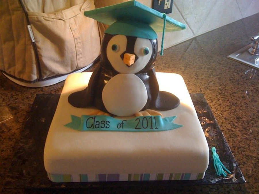 Penguin Grad Cake on Cake Central