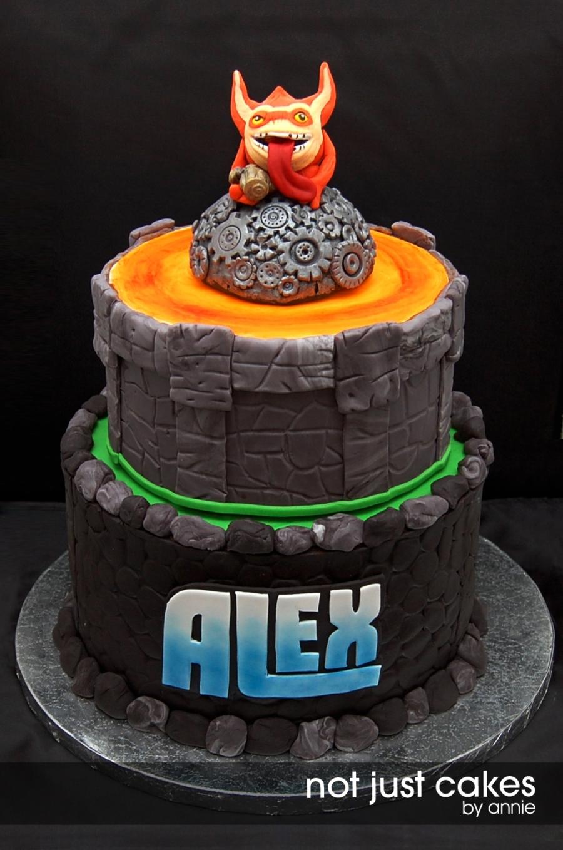 Portal Happy Birthday Cake