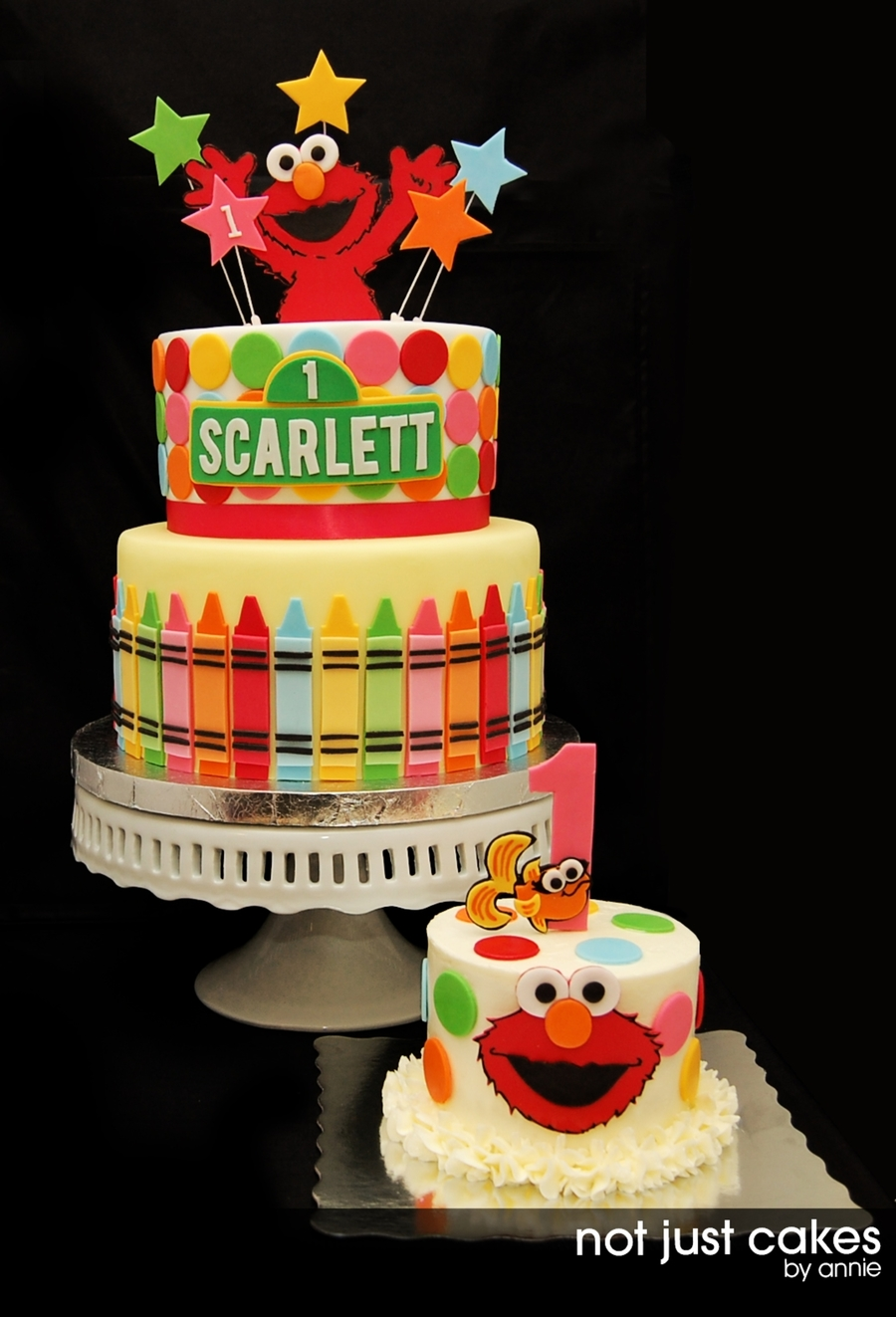 Elmo Birthday Cake Decorations : Elmo First Birthday Cake - CakeCentral.com