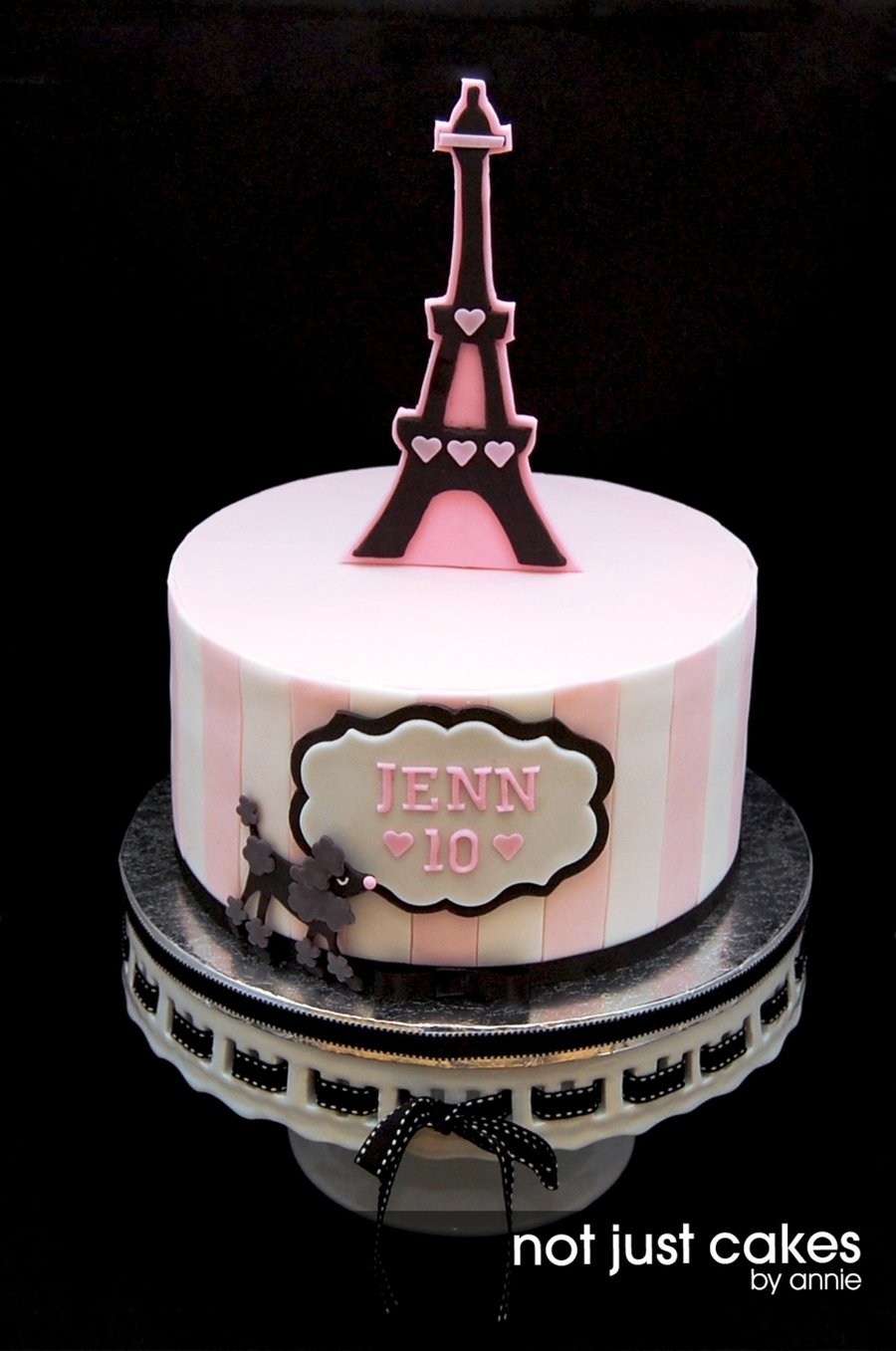 Pink And Black Paris Themed Cake Cakecentral Com