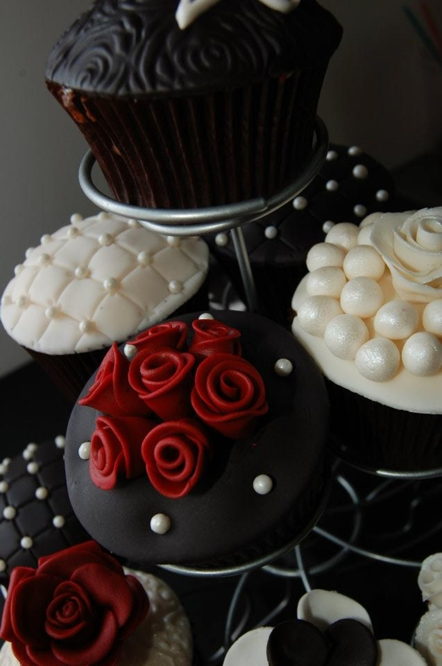 20Th Wedding Anniversary Cupcakes - CakeCentral.com