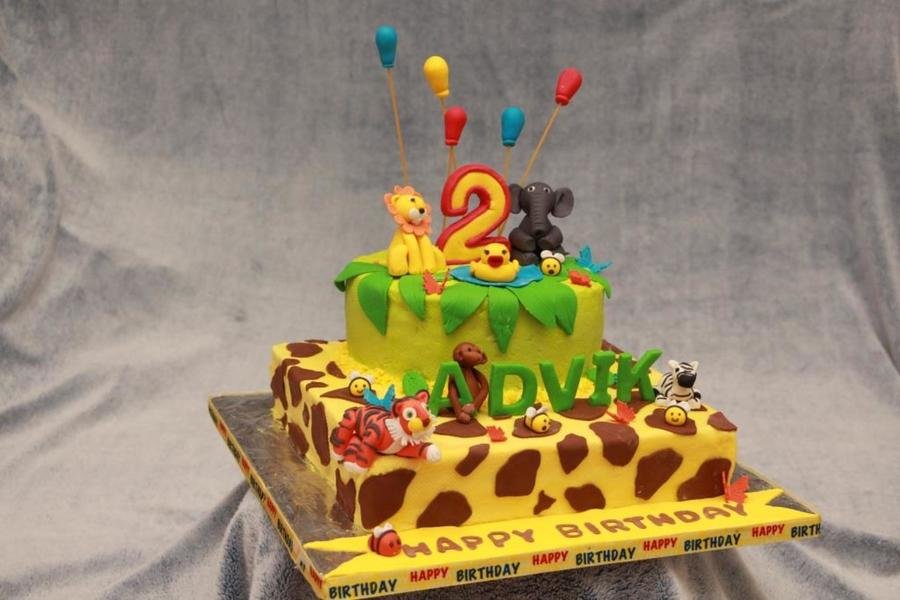 Admirable Jungle Safari Themed Birthday Cake Cakecentral Com Funny Birthday Cards Online Chimdamsfinfo
