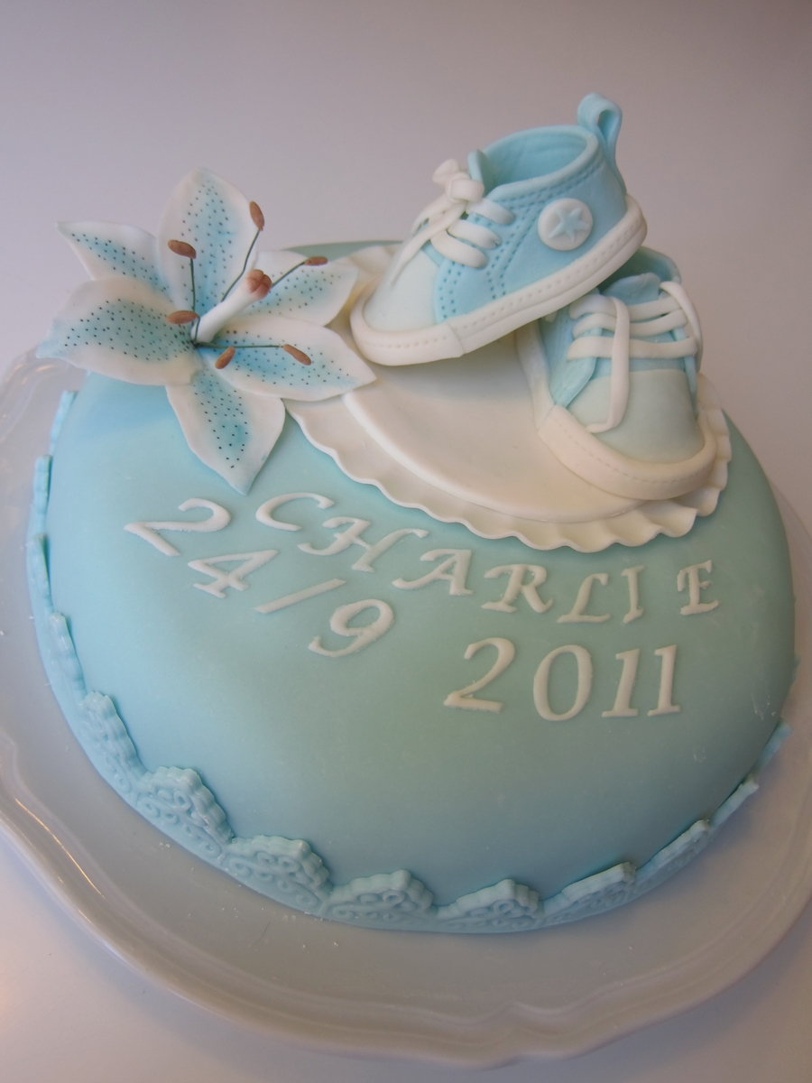 Babys Shoes on Cake Central
