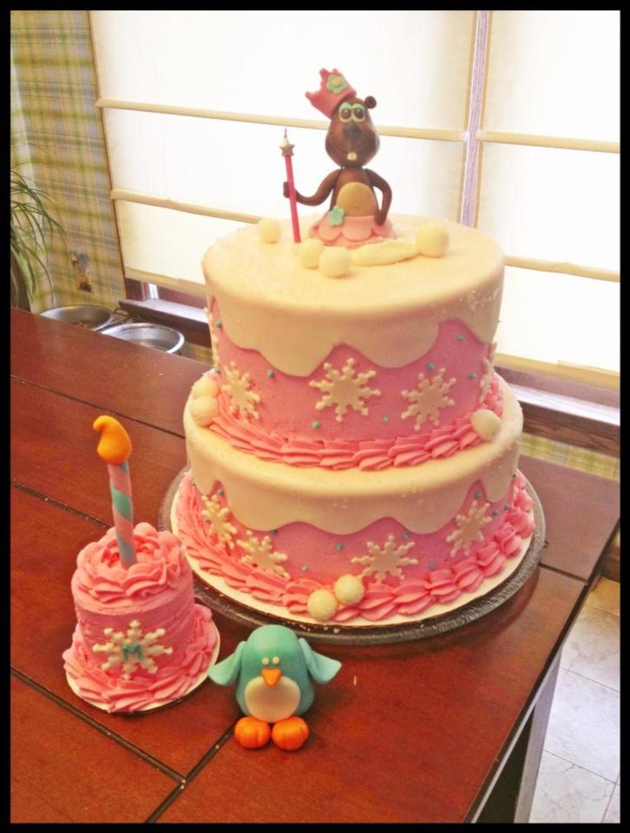 Winter Onederland Cake With A Groundhog Topper For A Little Girl Who Turned One Today Groundhog Day Matching Smash Cake Fondant Snow An on Cake Central