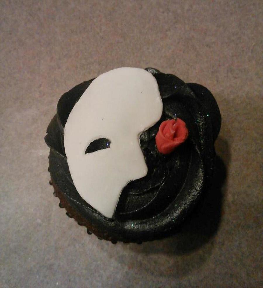 Phantom Of The Opera Cupcakes I Donated For My Kids School Band Bake Sale They Are Chocolate Cheesecake Flavored on Cake Central