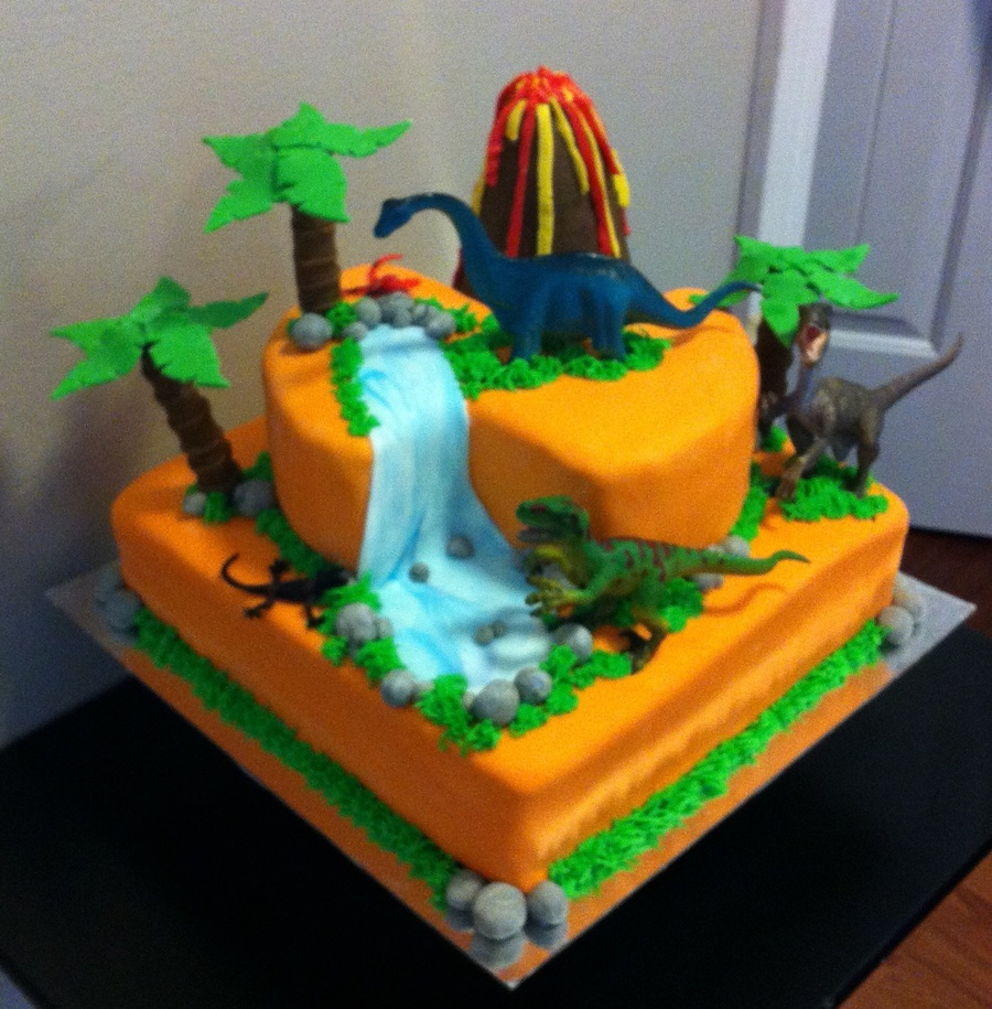 Fondant Dinosaur Cake For A 9 Yr Old Birthday Cakecentral