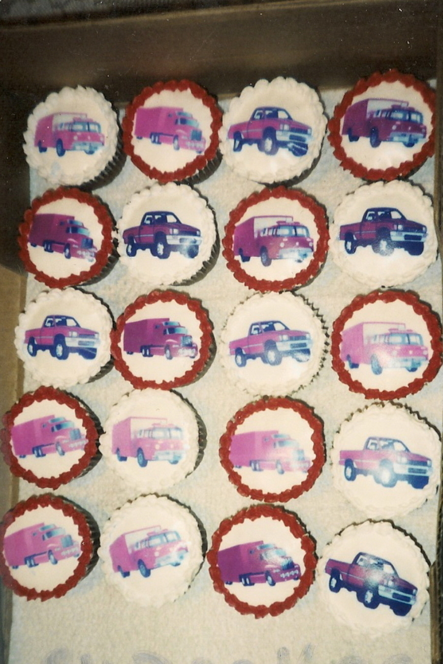 Truck Cupcakes on Cake Central