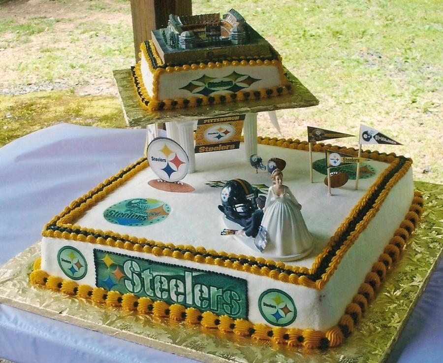 pittsburgh steelers wedding cake topper pittsburgh steelers wedding cake cakecentral 18624