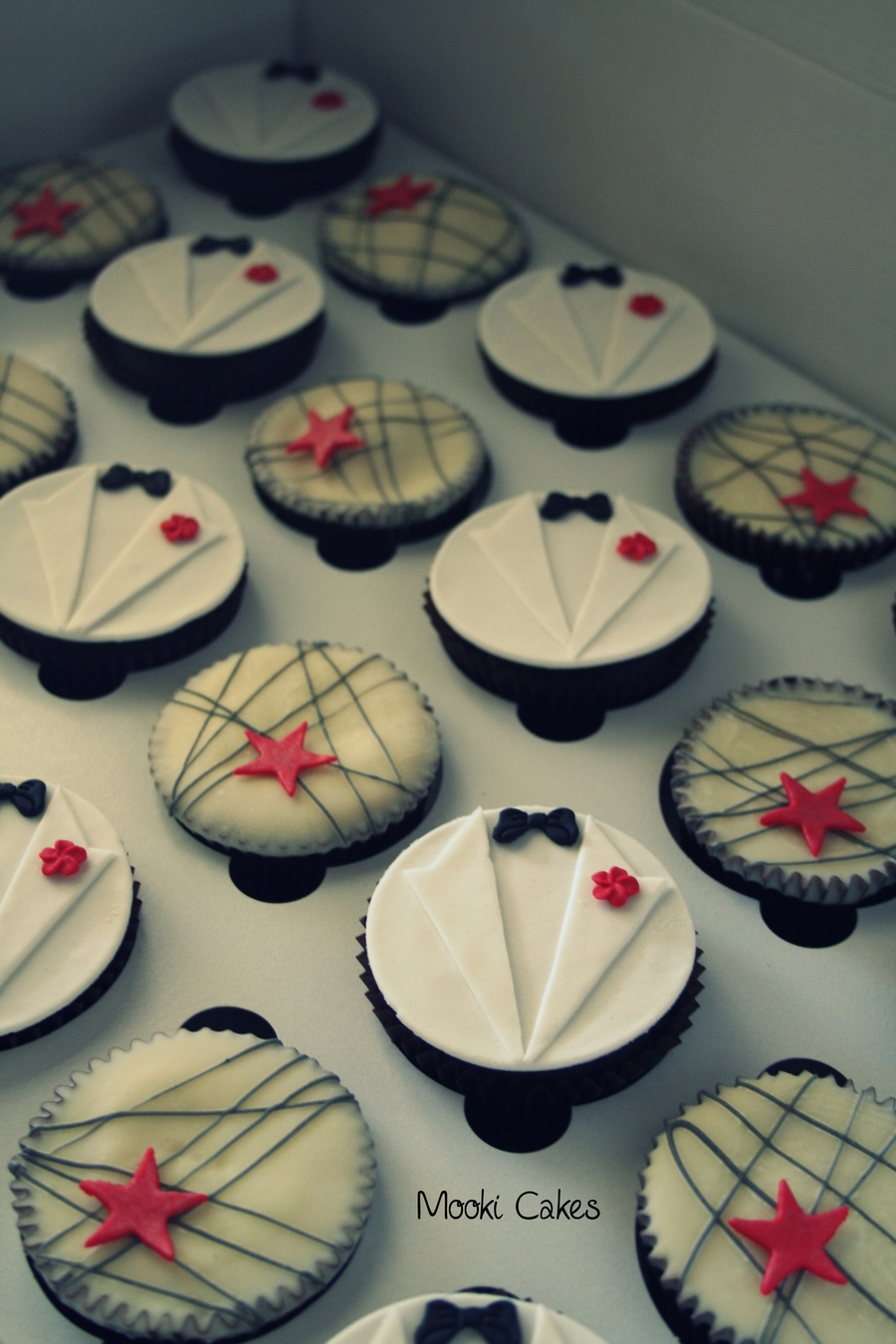 Th Birthday Cupcake Decorations