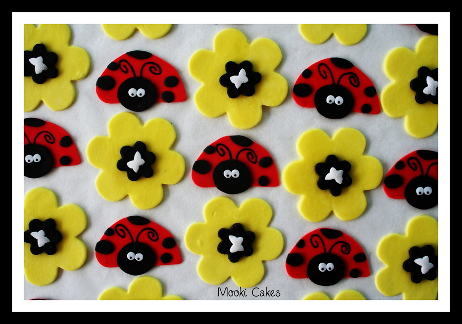 Ladybirds And Flowers  on Cake Central