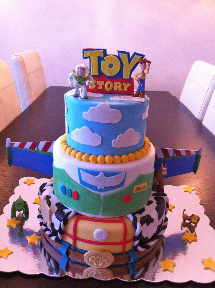 This Is A Toy Story Cake I Made For A Disney Themed Cake
