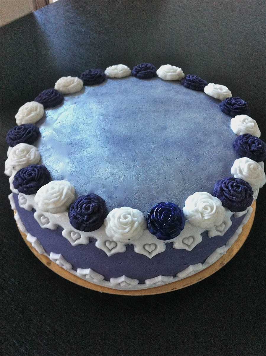 Purple & White on Cake Central