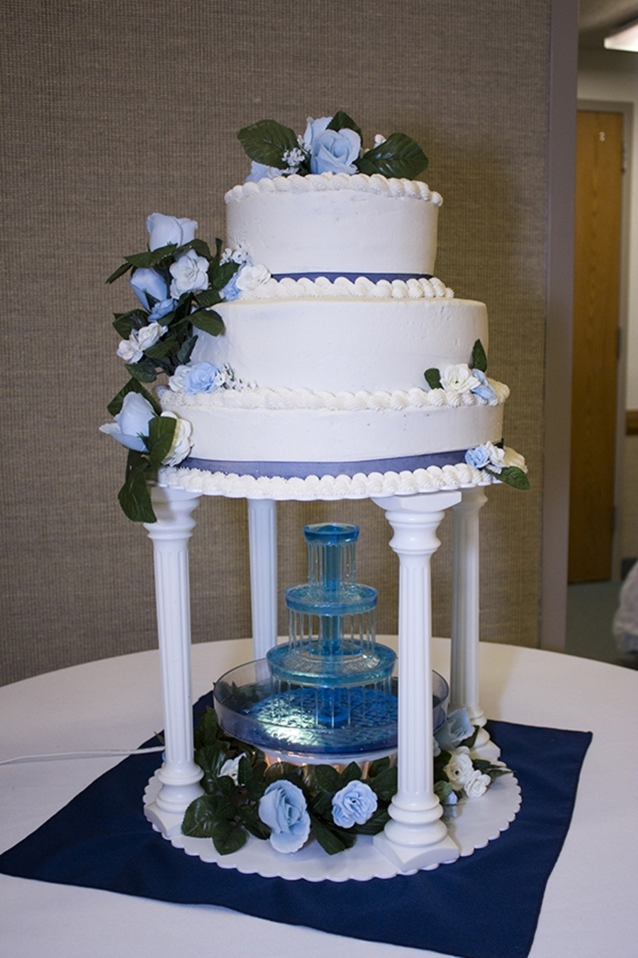 3 Tierd Round Wedding Cake on Cake Central