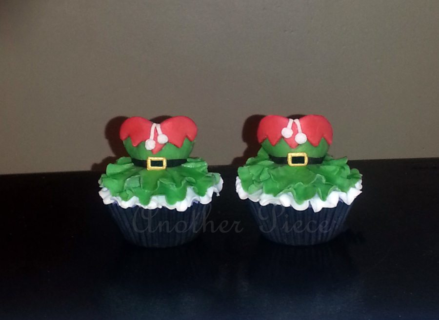 Santa's Little Helpers on Cake Central