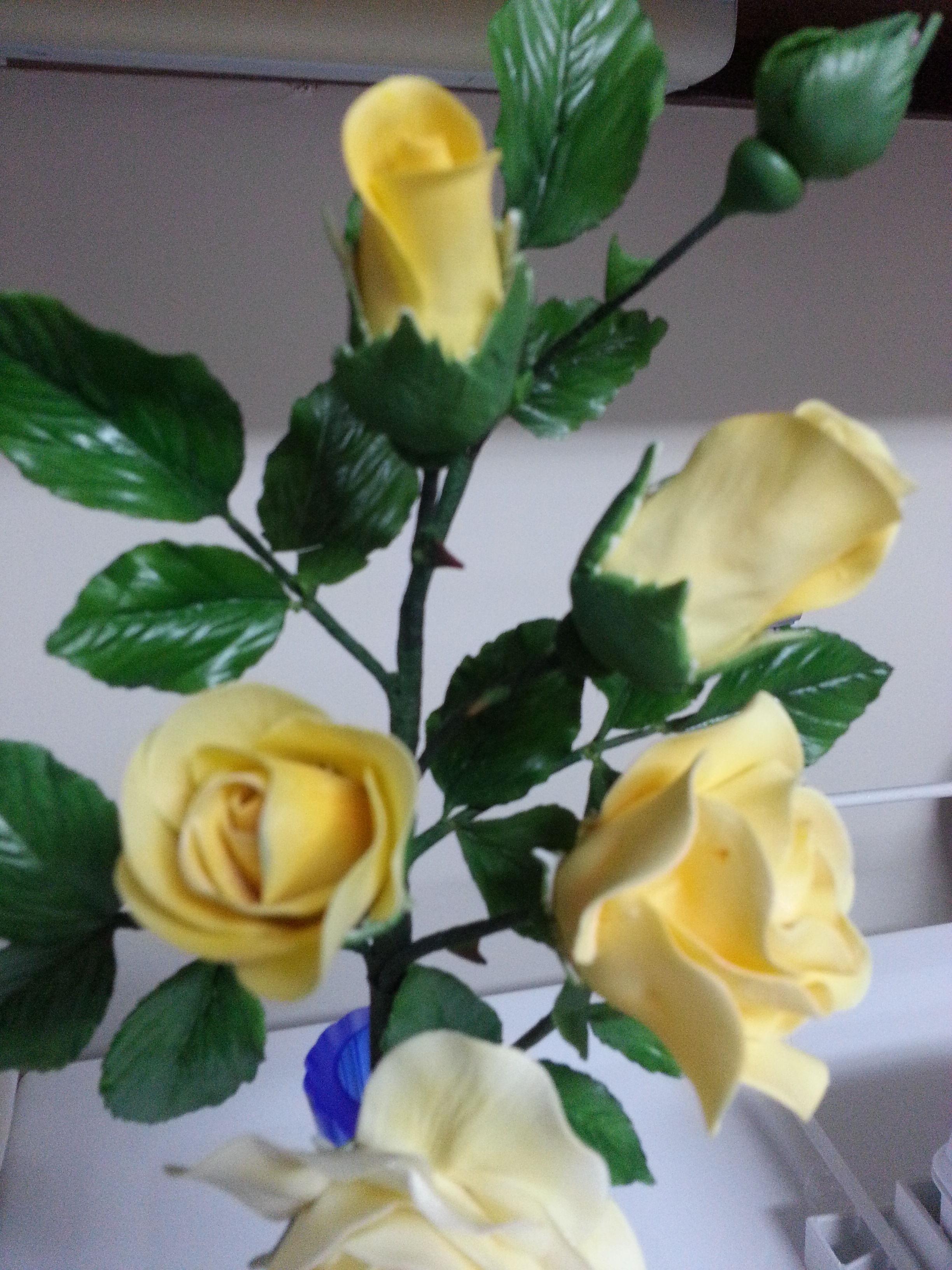 how to make a sugar paste rose