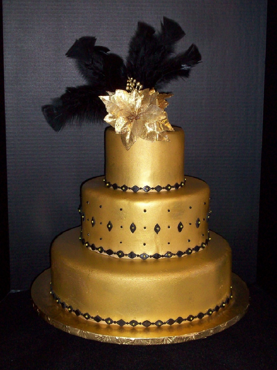 Gold And Black Wedding Cake Brides Request Was A Gold