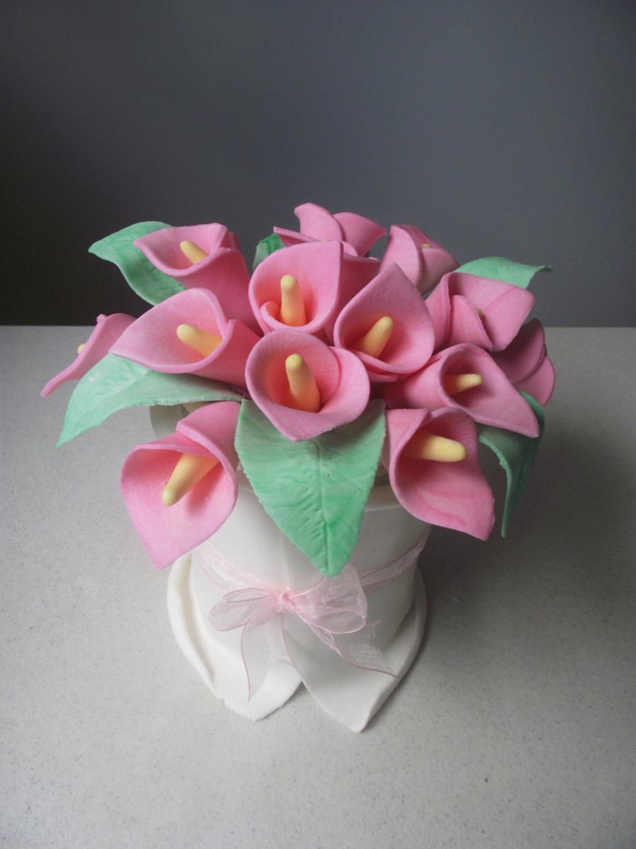 Calla Lily Bouquet Cake - CakeCentral.com