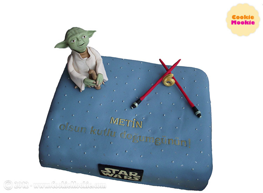 Yoda Cake Yodic Message On The Cake Cake Covered With Gumpaste Yoda And Lightsabers Are Also Made Of Gumpaste on Cake Central