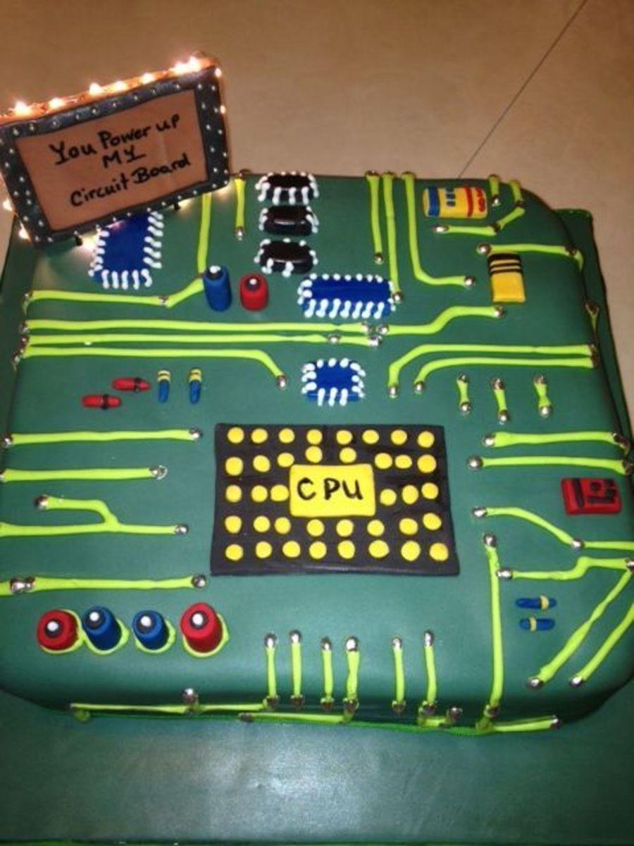 Cake Design Computer Program Free : Circuit Board Grooms Cake - CakeCentral.com