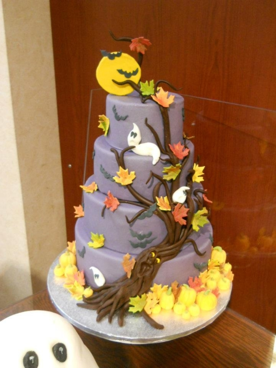 Halloween Tree on Cake Central