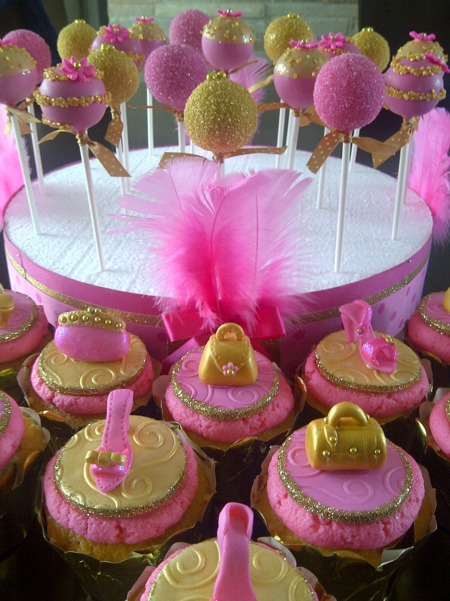 Pink And Gold Bathroom Decor: Pink And Gold Cake Pops