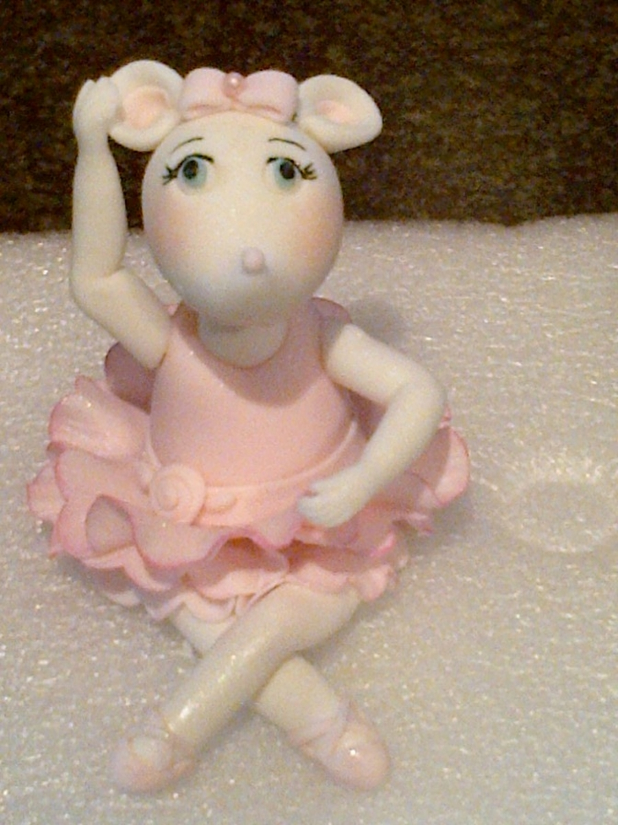 Angelina Ballerina on Cake Central