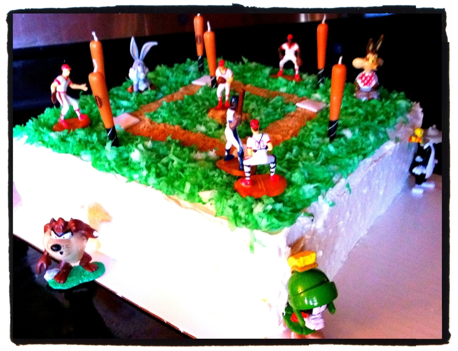 Baseball Looney Tunes Cake on Cake Central