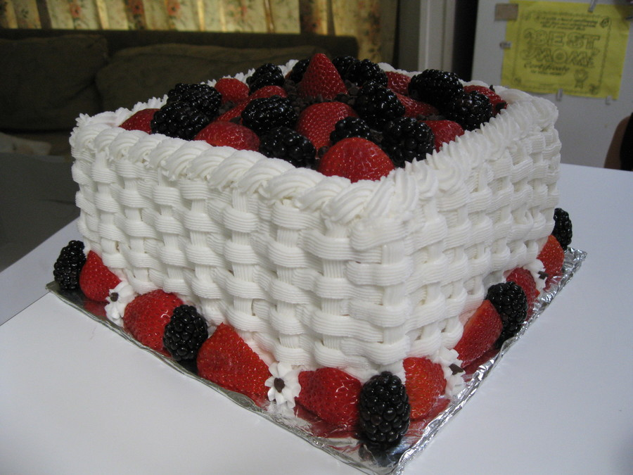 Red Velvet Top With Berries on Cake Central