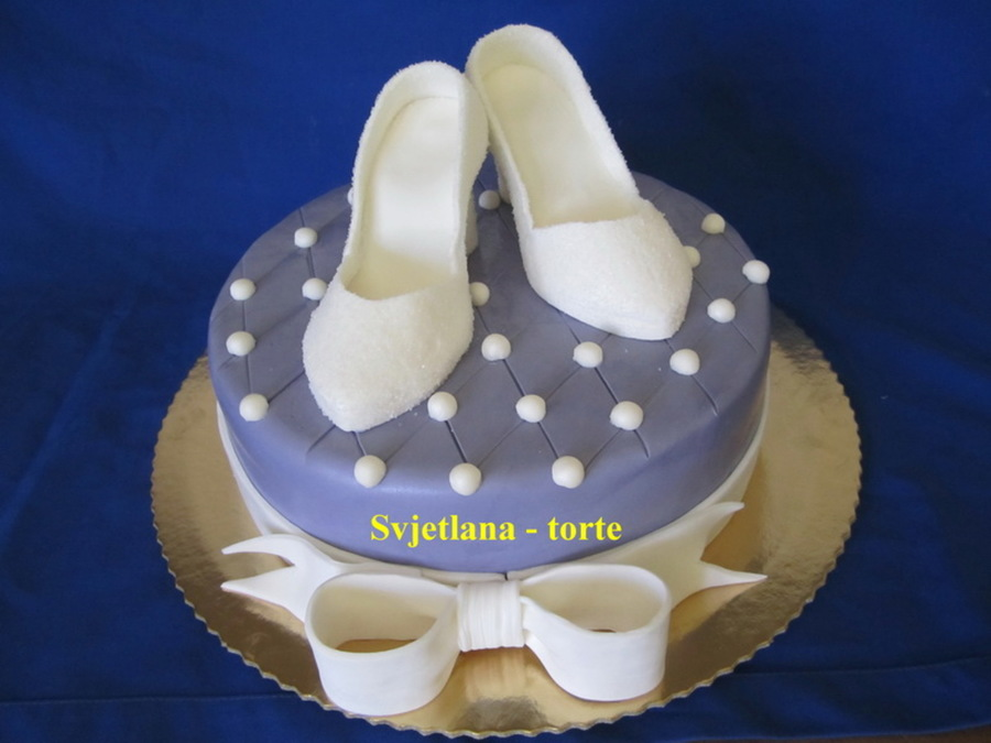Cinderella Shoes on Cake Central