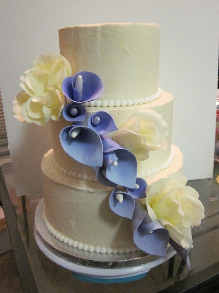 Begg's Wedding Cake on Cake Central