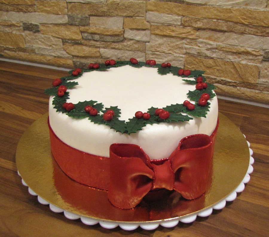A Christmas Carrotcake The Original For This Design Was Posted Here On Cc By Pippilotta In October on Cake Central