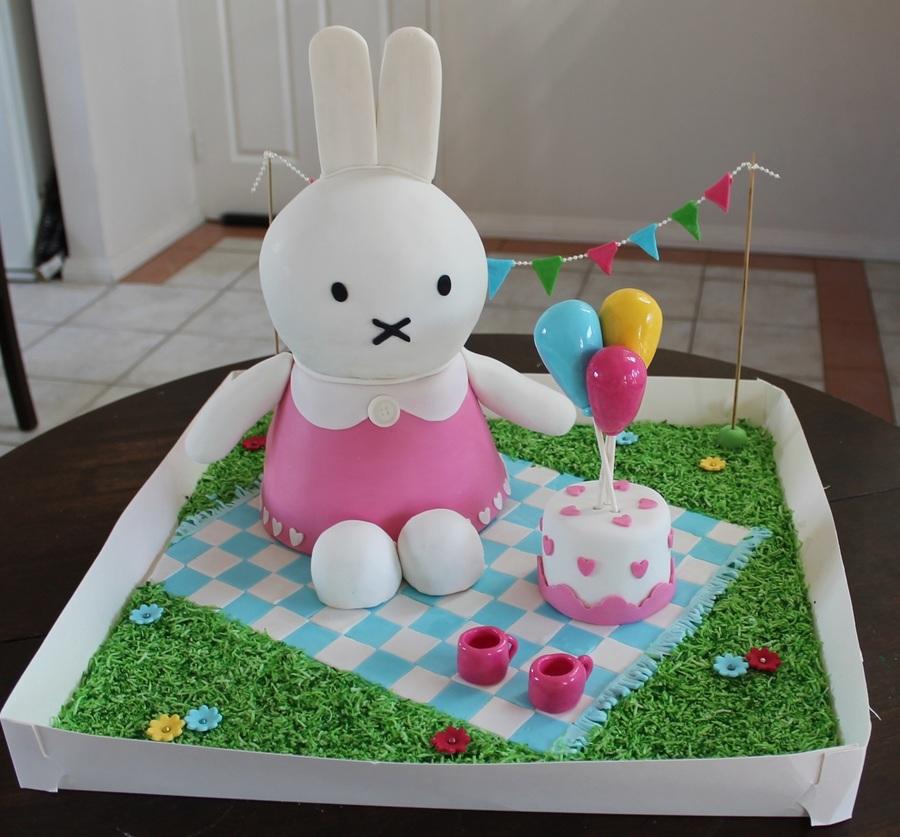 Miffy Rabbit Cake
