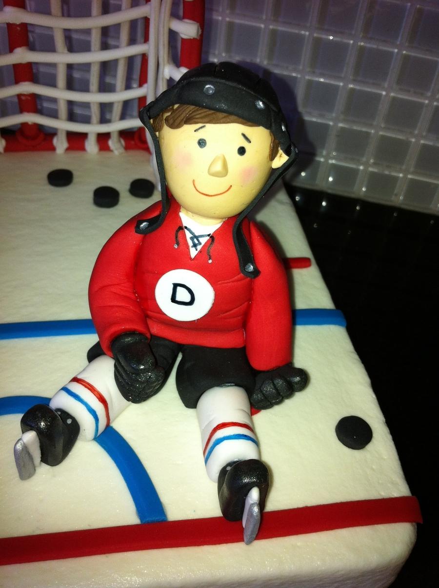 Hockey Player Birthday Cake - CakeCentral.com