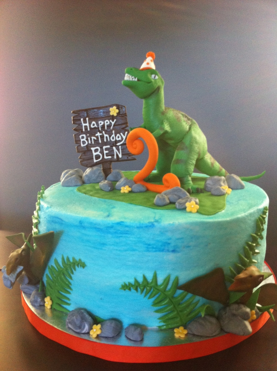 Amazing T Rex Birthday Cake Cakecentral Com Personalised Birthday Cards Paralily Jamesorg