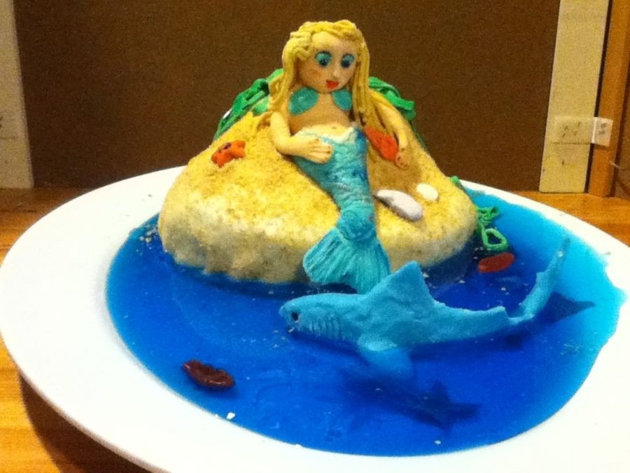 Mermaid Isle on Cake Central
