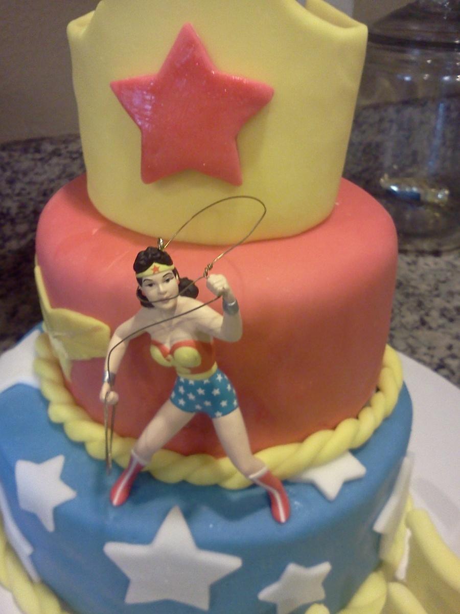 Wonder Woman Birthday Cake Cakecentral Com