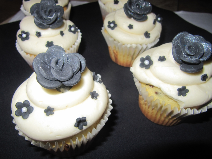 Elegant Cupcakes on Cake Central